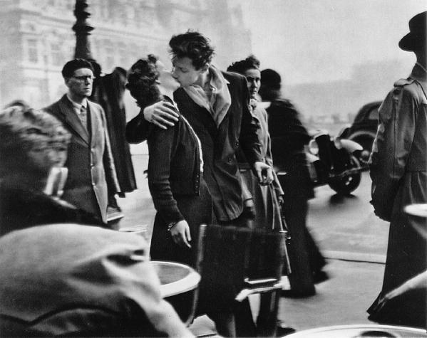 Robert Doisneau - le baiser à l'hotel de ville